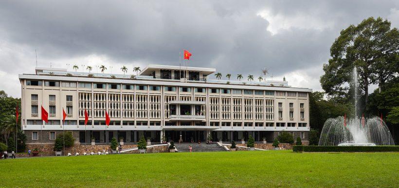 Palacio_de_la_Reunificación,_Ciudad_Ho_Chi_Minh,_Vietnam,_2013-08-14,_DD_02